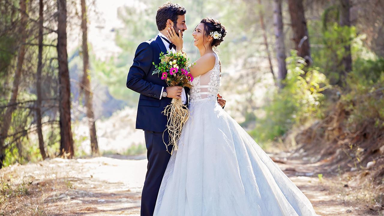 Что подарить на свадьбу - идеи подарков молодоженам